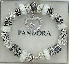 >>>Pandora Jewelry OFF! >>>Visit>> Handyhülle FAHNEN Samsung Galaxy Italien pandora charms pandora rings pandora bracelet Fashion trends Haute couture Style tips Celebrity style Fashion designers Casual Outfits Street Styles Women's fashion Runway fashion Pandora Jewelry Box, Pandora Beads, Pandora Bracelet Charms, Charm Bracelets, Pandora Pandora, Wrap Bracelets, Ankle Bracelets, Cute Jewelry, Charm Jewelry