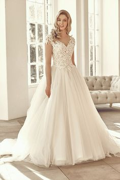 Benjamin Roberts Wedding Gown at  Lief Bridal Birmingham - Appointments at www.liefbridal.co.uk