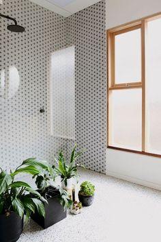 10 jeitos de ter plantas no banheiro