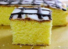 ciasto cytrynowe Polish Easter, Good Food, Yummy Food, Cornbread, Vanilla Cake, Sweets, Ethnic Recipes, Foreign Language, Poland