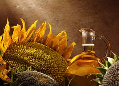 sunflower oil - how to get rid of strep throat Strep Throat Remedies, Sore Throat, Healing Herbs, Sunflower Oil, Natural Cures, Home Remedies, Feel Better, The Cure, Soaps