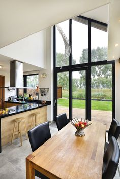 Chalet Interior, Interior Design, Build My Own House, Windows, Building, Modern, Table, Furniture, Home Decor