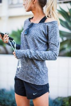When the temperature is cooler, pair your running shorts with a comfy long-sleeve. Let DailyDressMe help you find the perfect outfit for whatever the weather!