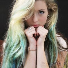 A beautiful fashion forward mint shade. Apply directly to dry hair with downward strokes. Use fingers to massage pigment through hair. Shampoo hair to remove color. Color lasts 1 shampoo on average bu