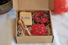 Caja de Jabones de glicerina artesanales y de diseño de PIkuk #bodas #wedding #dawanda #tendenciasdebodas