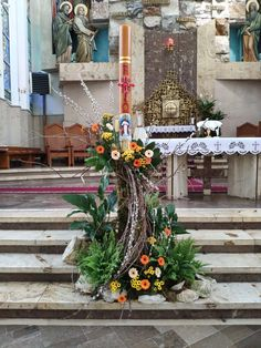Altar Flowers, Church Flower Arrangements, Church Flowers, Wedding Flowers, Church Altar Decorations, Easter, Wreaths, Home Decor, Floral Arrangements