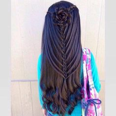 """""""Discover latest hairstyles on Roposo. Let your hair do the talking. Find latest hairstyles, get inspired and try out a new look. See how you can flaunt your hair with some amazing styles. Little Girl Hairstyles, Pretty Hairstyles, Braided Hairstyles, Hairstyle Braid, Latest Hairstyles, Love Hair, Great Hair, Hair Due, Easy Hair"""