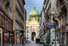 Spend 3 days in Vienna with this fantastic Vienna itinerary full of enjoyment and action. A practical guide to visiting Vienna and its greatest sights Vienna, Hungary, Budapest, Norway, Street View, Europe, Day, Places, Restaurants