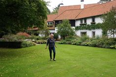 Carrie Preston Garden Preston, Carry On, Netherlands, Gardens, Van, Exit Room, The Nederlands, The Netherlands, Hand Luggage