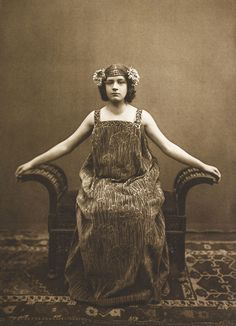 Vintage Photography: Symmetria by Carl Siess 1901