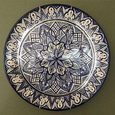 Outro da coleção de pintura marroquina! Boa semana a todos! 😘 Para informações sobre valores mandem via direct! #ceramica #ceramic #ceramics #cerâmica #art #arte #artist #pinturaamao #handmade #byme #bymyself #decoration #decoracao #decoração #presente