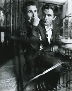 Christian Bale, exemplifying his role the Prestige by Christopher Nolan. Who is the real magician here? Gaspard Ulliel, Batman Begins, Christian Bale, Christian Grey, Cate Blanchett, Jennifer Aniston, Jennifer Lawrence, Beautiful Men, Beautiful People