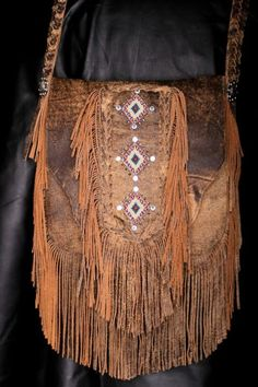 Truly in live with it. Can I somehow justify the price :/ American Hippie Bohemian Boho Style ~ Leather Fringe Bag Boho Hippie, Hippie Style, Bohemian Mode, Gypsy Style, Boho Gypsy, Boho Chic, My Style, Boho Style, Gypsy Bag