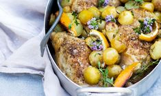 Kylling i fad med citron, timian og kartofler - ALT.dk Always Hungry, Dinner Is Served, Pot Roast, Paella, Family Meals, Ethnic Recipes, Food, Handmade, Lemon