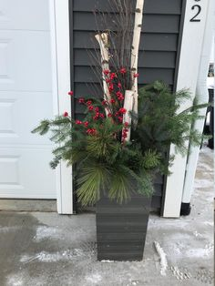 Christmas Window Boxes, Front Door Christmas Decorations, Holiday Decor, Christmas Porch Ideas, Winter Porch Decorations, Wedding Decorations, Decorating Porch For Christmas, Christmas Front Porches, Birch Tree Decor