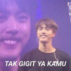 ideas for memes kpop bts indonesia Bts Meme Faces, Memes Funny Faces, Bts Memes Hilarious, Funny Quotes, All Meme, New Memes, Man Humor, Life Humor, Super Memes