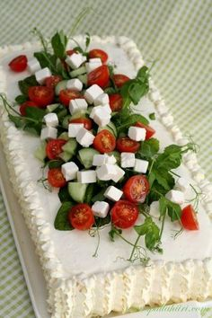"""this is a savory sandwich cake made with layered crustless sandwich bread """"icing"""" (made with flavored cream cheese sour cream creme fraiche etc) and filled/topped with feta cheese tomatoes cucumbers etc. Tea Sandwiches, Buffet Tapas, Sandwich Torte, Sandwich Ideas, Appetisers, Savoury Cake, Creative Food, High Tea, How To Make Cake"""