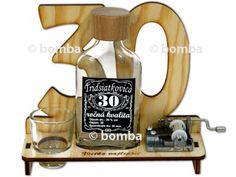 Značka na výročie 30 rokov s verklíkom je pekný a hlavne praktický darček pre každého 30-ročného oslávenca. 30, Bottle Opener, Barware, Pump, Tumbler