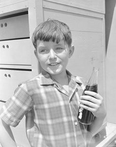 """BEAVER - """"Wally the Lifeguard"""" Jerry Mathers Get premium, high resolution news photos at Getty Images Jerry Mathers, Cagney And Lacey, Rockabilly Outfits, Rockabilly Clothing, Leave It To Beaver, Abc Photo, Old Time Radio, Old Shows, Great Tv Shows"""