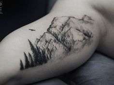 What does mountain tattoo mean? We have mountain tattoo ideas, designs, symbolism and we explain the meaning behind the tattoo. Life Tattoos, Body Art Tattoos, New Tattoos, Tatoos, Tribute Tattoos, Guy Back Tattoos, Rose Arm Tattoos, Rib Tattoos For Guys, Temporary Tattoos