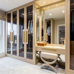 closet 35 Bedroom Wardrobe Design Ideas Trending Right Now Wardrobe Room, Wardrobe Design Bedroom, Luxury Bedroom Design, Closet Bedroom, Luxury Wardrobe, Master Closet, Bedroom Decor, Interior Design, Bedroom Modern