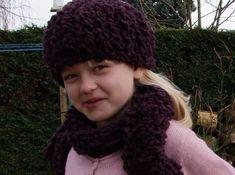 ebce82f7f063 Sens sans dessus dessous  Bonnet et écharpe enfant Astrakan Phildar 8 ans  Echarpe Enfant,