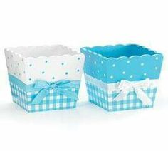 Blue and white square planter with polka dots and check pattern. Satin ribbon tied in bow around middle. Home Crafts, Diy And Crafts, Wood Basket, Decoupage Box, Pretty Box, Diy Box, Plastic Laundry Basket, Box Design, Creative Gifts