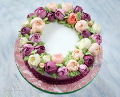 Торт кремовый Цветочный венок