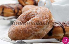 Ντόνατς σπιτικά | Dina Nikolaou Sweets Cake, Cupcake Cakes, Homemade Donuts, Dessert Recipes, Desserts, Greek Recipes, Sweet Bread, Crepes, Bagel