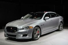 2016 Jaguar XJl Car