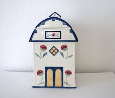 Vintage Lenox Cookie Jar Blue and White Barn with by oldandnew8, $25.00