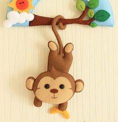felt monkey name banner Baby Crafts, Felt Crafts, Diy And Crafts, Felt Name Banner, Name Banners, Hawaiian Party Decorations, Felt Wreath, Baby Mobile, Felt Baby