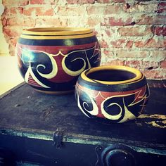 How great are these Mexican pottery planters? Give one as a gift and keep one all for yourself- only $ 42.99 for the pair!