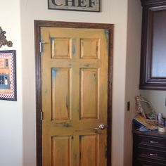 Hand painted pantry door! Thinking about doing this to my pantry door... hope it will turn out like this picture..