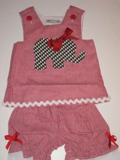 How cute is this custom Bama Gameday outfit for little girls?