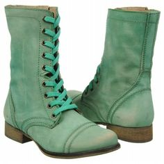 Womens Steve Madden Troopa Green Leather Shoes.com