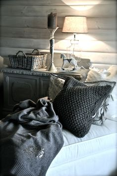 LOVE the neutral colours in this simple but chic rustic bedroom