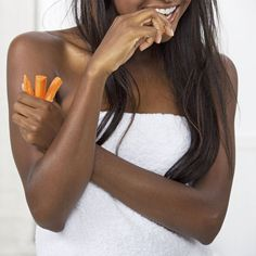 Food swaps to help you stop food cravings without adding inches 4 Easy Ways to Control Cravings Healthy Tips, Healthy Habits, Healthy Choices, How To Stay Healthy, Healthy Snacks, Fitness Diet, Health Fitness, Fitness Motivation, Control Cravings