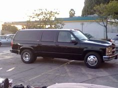 1997 Chevy Suburban Dually, Vortec 7.4 (454) with K air filter and Gibson SS headers, (4L80E) four speed auto trans, 1 Ton Suspension with Firestone air assist in rear.