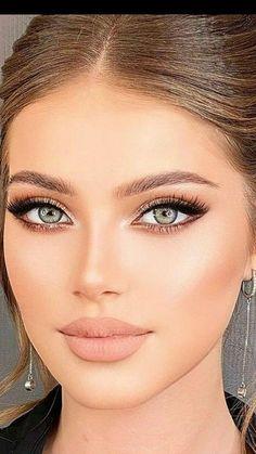 Beautiful eyes Nude Makeup, Beauty Makeup, Hair Makeup, Hair Beauty, Most Beautiful Eyes, Stunning Eyes, Girl Face, Woman Face, Dark Makeup Looks