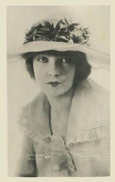 Lillian Gish vintage photography portrait