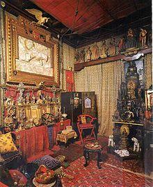 Vittoriale degli italiani - Sala delle reliquie-Tutti gli idoli adombrano il Dio vivo/Tutte le fedi attestan l'uomo eterno