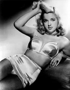 Exquisitely Bored in Nacogdoches: Diana Dors