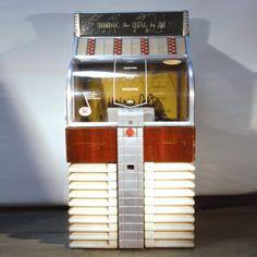 Vintage Jukebox. #music #jukebox #vintageaudio http://www.pinterest.com/TheHitman14/ghosts-of-audios-past/