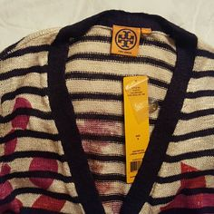 Sweater It's a beautiful floral sweater original Tory Burch, brand new with tags, open to offers Tory Burch Sweaters