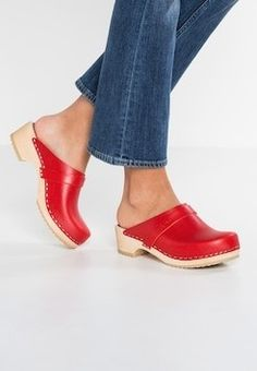 Swedish Hasbeens, Reebok, Wooden Sandals, Clogs Shoes, Women's Feet, Sexy Feet, Latest Fashion Clothes, Espadrilles, Most Beautiful