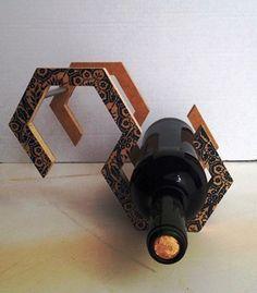 Nuestro botellero tiene varias posiciones para que se adapte al espacio que tú elijas.