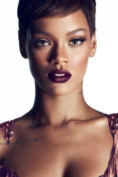 Dark lips done right by rihanna Love Makeup, Beauty Makeup, Makeup Looks, Hair Beauty, Beauty Skin, Rihanna Riri, Rihanna Style, Rihanna Daily, Pixie Makeup