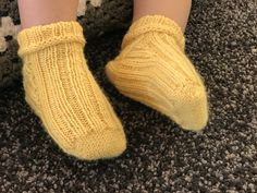 This shop is all about beautifully hand knitted socks. Knitting Socks, Hand Knitting, Leg Warmers, Toe, Flat, Yellow, Water, Knit Socks, Leg Warmers Outfit
