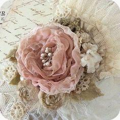 Shabby Fabric & Lace Rose